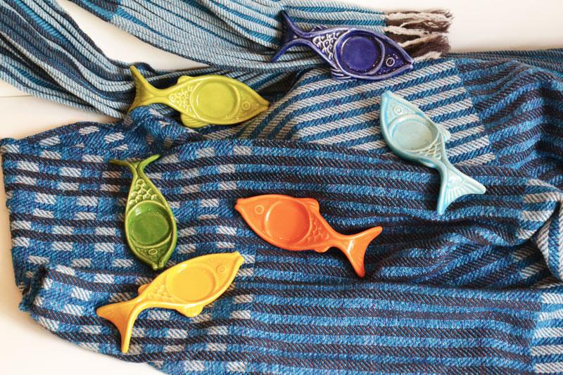 Webschal, Keramikfische