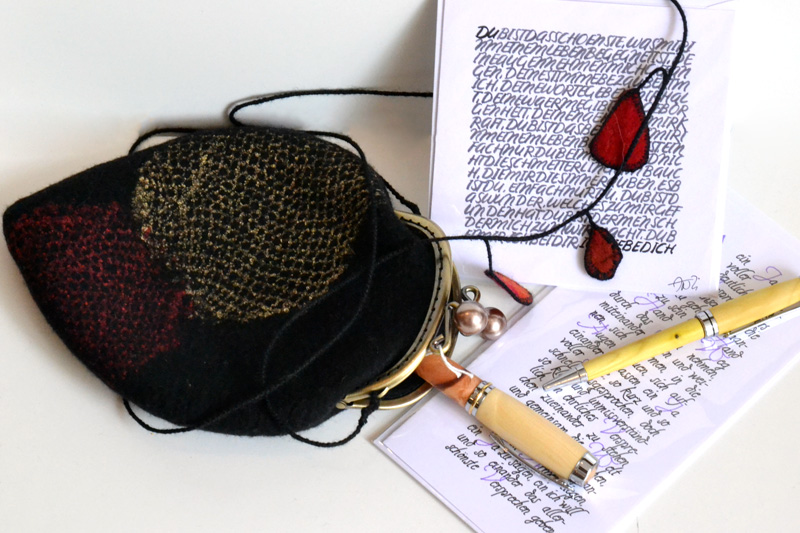 Filztasche, Schriftbilder-Billet, Holzfüllfeder