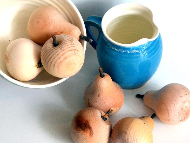 Keramik, gedrechseltes Obst